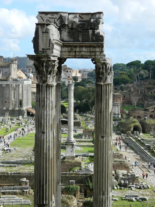 Temple bones in the Forum.