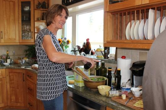 The salad maker Eva.