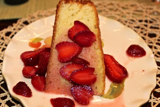 A moist cake with an almost herbal flavor from the fruity olive oil.
