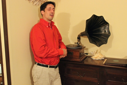 After dinner, Mattia shares his vintage record collection played on a gramophone. We loved the music and his singing!